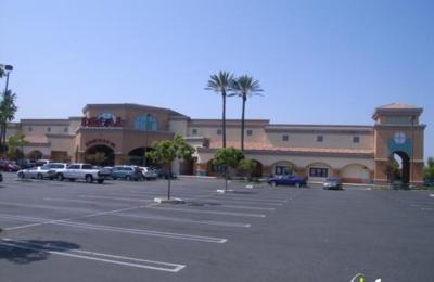 Regal Simi Valley Civic Center Stadium 16 & IMAX - Simi Valley, CA