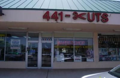 Santos Barber Shop - Hollywood, FL