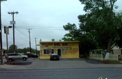 Del Rio Tamale & Tortilla Factory - San Antonio, TX