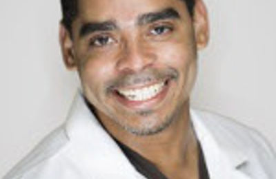 Dr. Desmon A. Brown, DDS - Indianapolis, IN