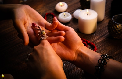 Psychic Anna Love Specialist. Psychic Readings