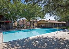 Woodview Apartments   Odessa, TX
