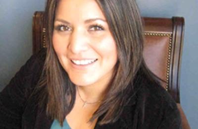 Farmers Insurance - Elva Hernandez - Bakersfield, CA