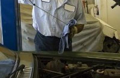 Kuhn's Auto Repair - Cedarville, NJ