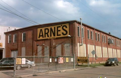 Arne's Warehouse & Party Store - Houston, TX