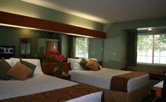 Monument Inn & Suites