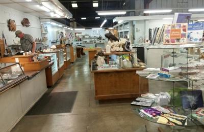 Consolidated Rock & Minerals Shop LLC - Vacaville, CA