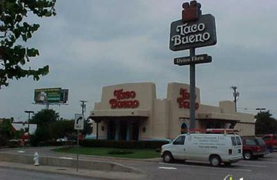 Taco Bueno - Dallas, TX