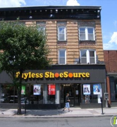 payless shoes watergardens