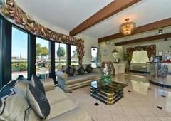Americas Best Value Inn - San Carlos, CA
