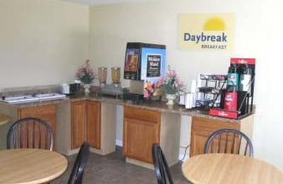Days Inn By Wyndham Elizabeth City   Elizabeth City, NC