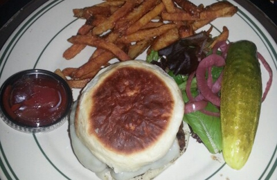 Dakota Steakhouse - Rocky Hill, CT. Awesome Swiss cheese burger! Yummm... delivered right to my hotel room