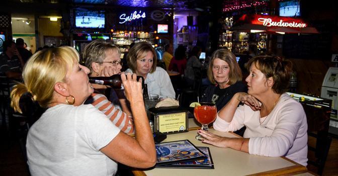 Snibo's Sports Bar & Cafe, Saint Peters MO