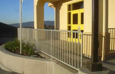 Bailey Fence - Hayward, CA