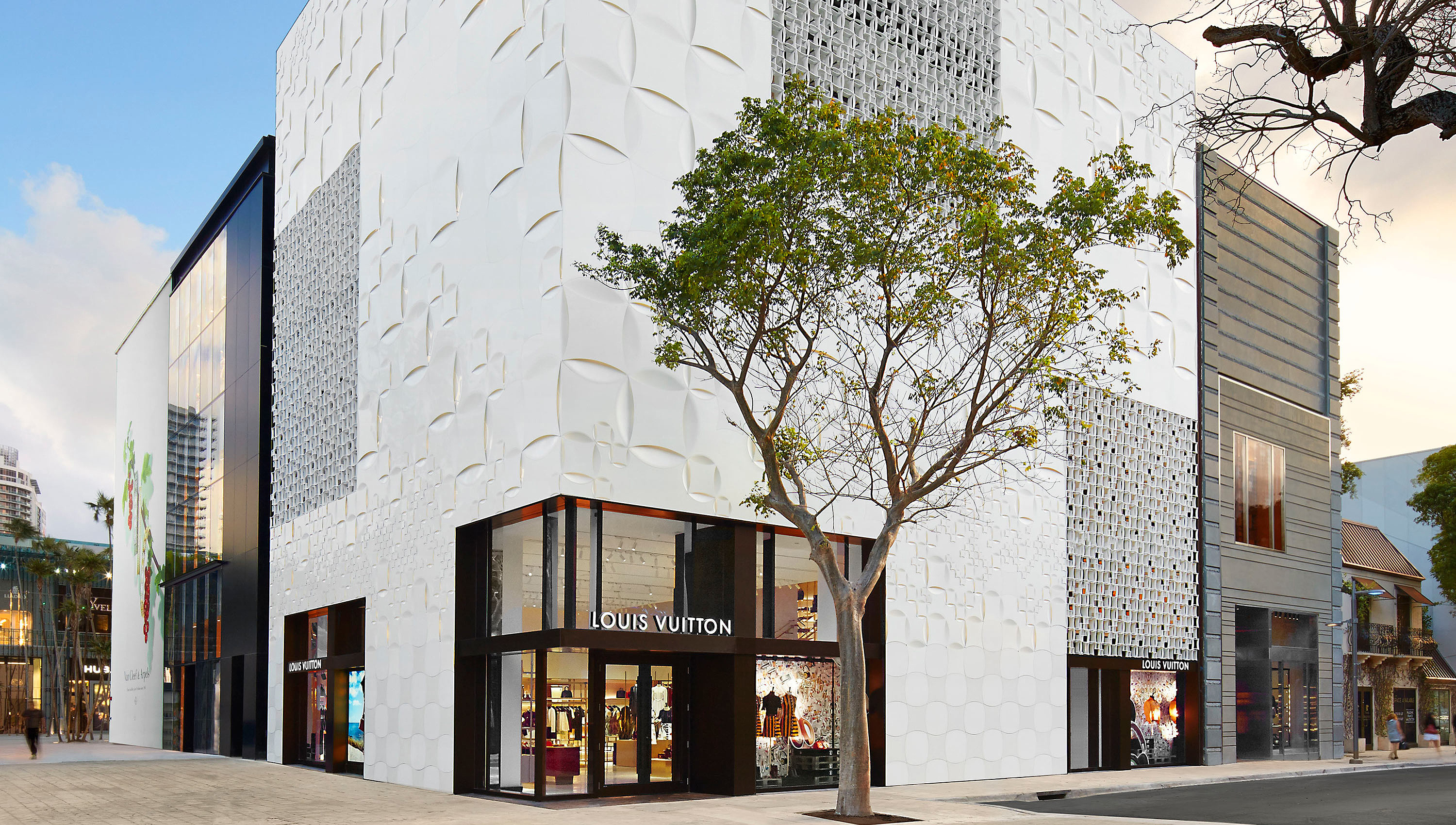 Louis Vuitton Miami Design District 140 NE 39th St, Miami, FL 33137 ...