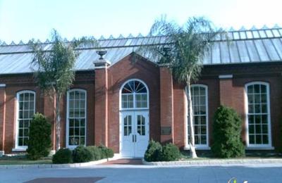 Piper Palm House - Saint Louis, MO