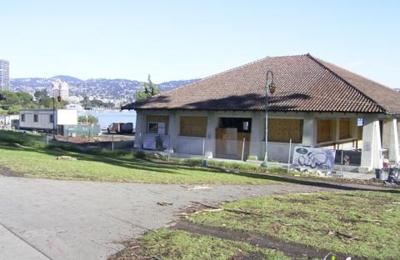 Lake Chalet - Oakland, CA