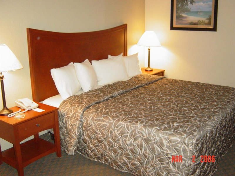 Emerald Coast Inn And Suites 1214 Highway 98 E Fort
