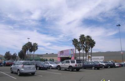 Group USA & Camille LaVie Women's Apparel & Bridal Shop - Milpitas, CA