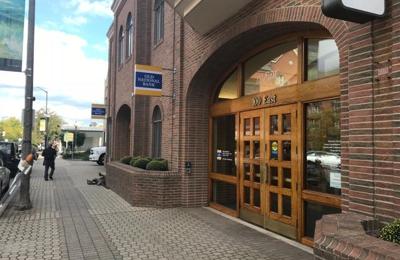 Old National Bank - Holland, MI