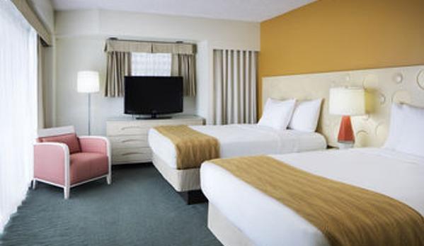 Coconut Waikiki Hotel - Honolulu, HI