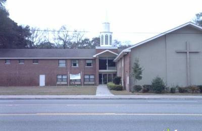 Central Church of the Nazarene 2130 University Blvd N