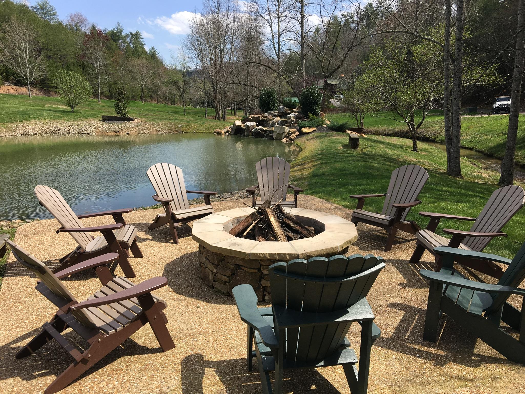 Maples Ridge Cabin Rentals Sevierville Tn 37862 Yp Com