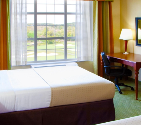 Holiday Inn Hotel & Suites Front Royal Blue Ridge Shadows - Front Royal, VA