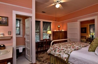 Grady House Bed & Breakfast - High Springs, FL