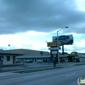 Deluxe Plaza Motel - Baltimore, MD