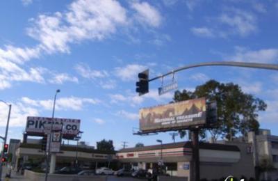 Momo Sushi - Los Angeles, CA