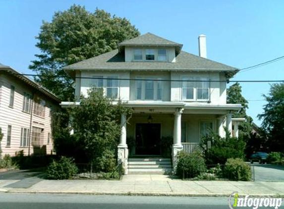 Levesque Funeral Home Inc - Salem, MA