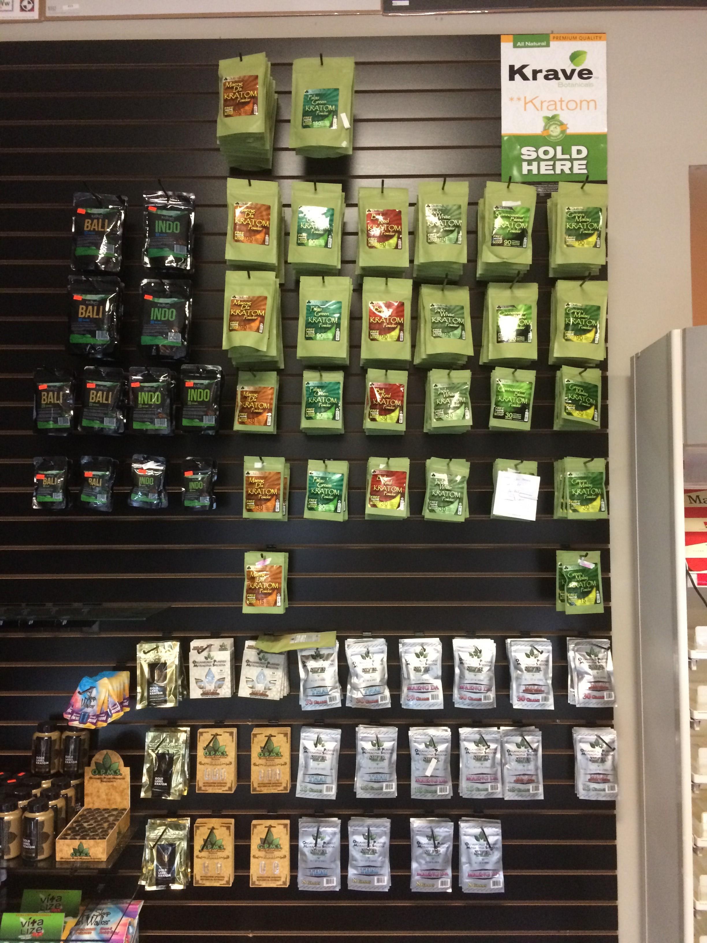 Cheeba Hut Smoke Shop 50189 Gratiot Ave, Chesterfield, MI