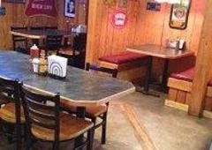 Half Shell Oyster Bar & Grill - Troy, AL