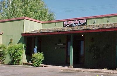 Mountain Mike's Pizza - Camino, CA