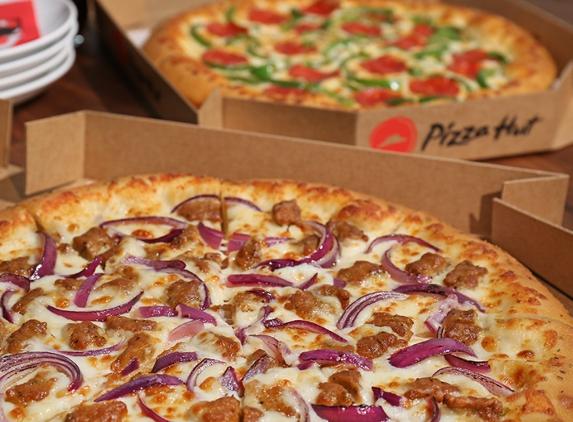 Pizza Hut - Bettendorf, IA