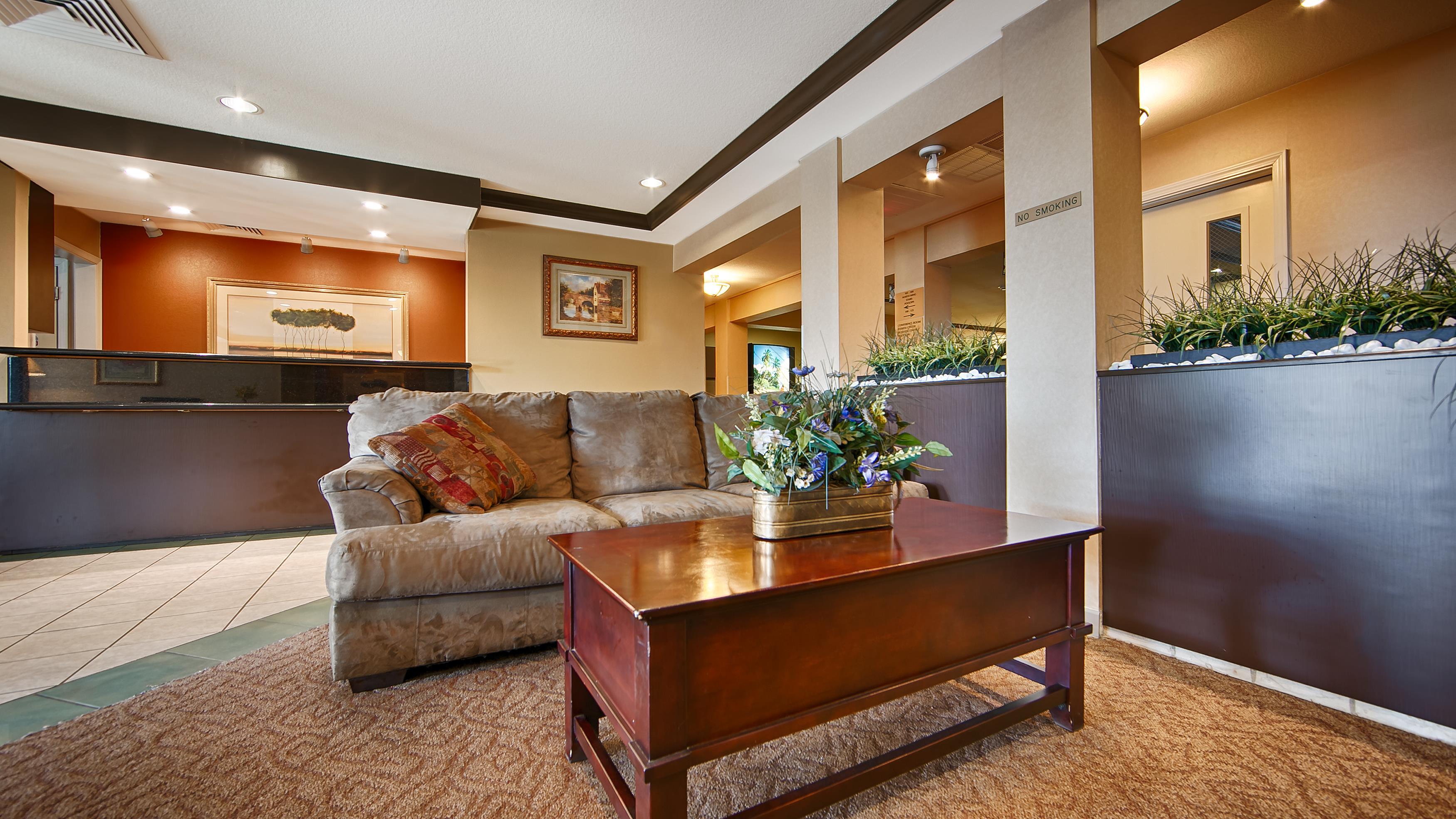 Best Western PLUS Twin View Inn & Suites, Redding CA