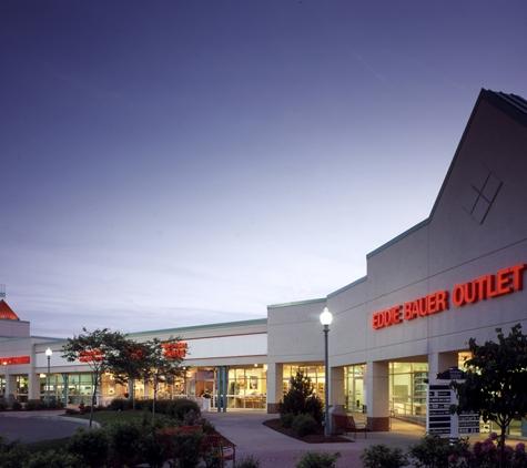 Waterloo Premium Outlets - Waterloo, NY