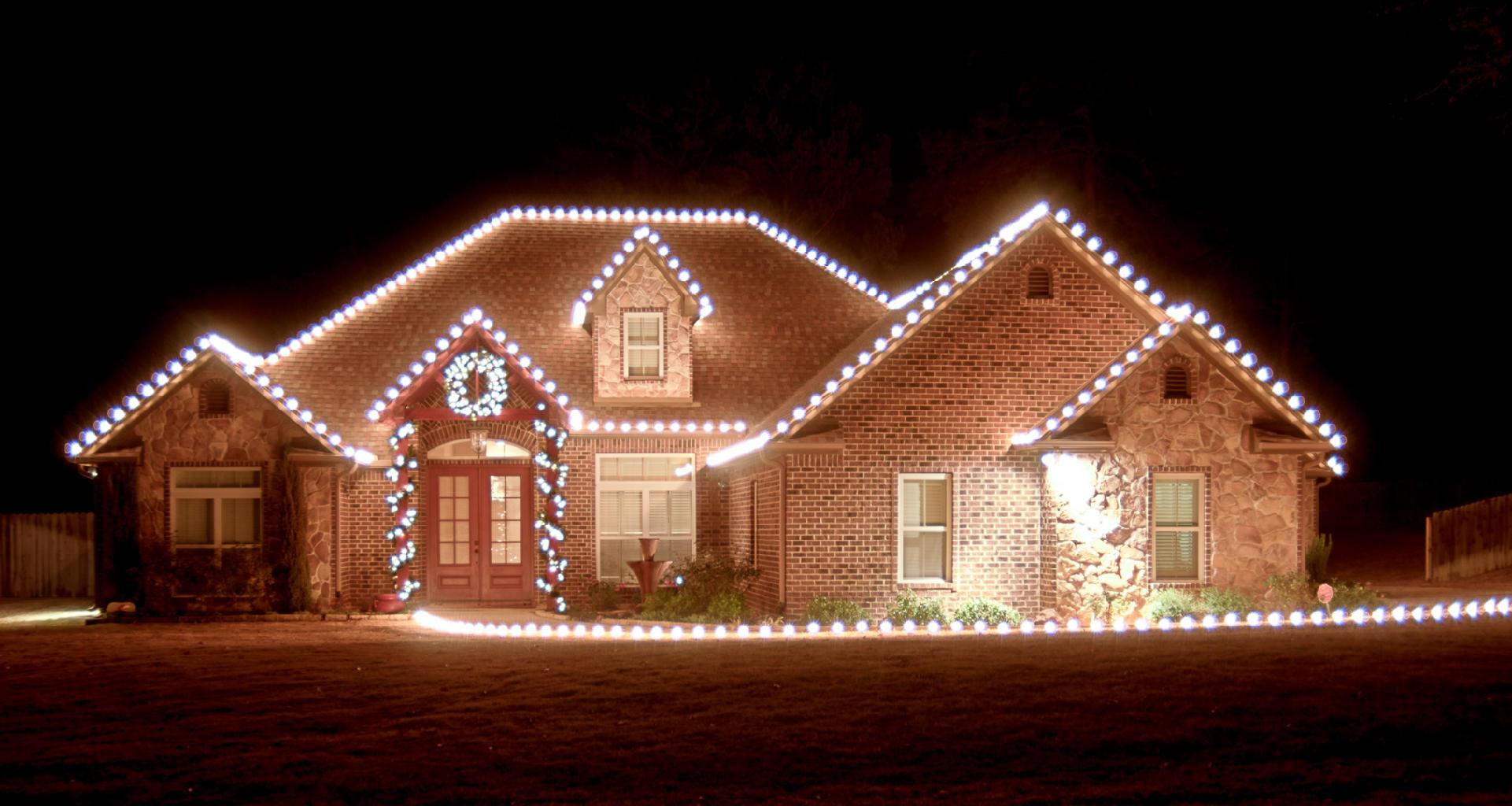 Christmas Lights Installer.Christmas Light Installation Dallas Fortworth Burleson Tx