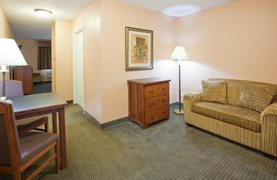 Grandstay Hotel Suites Perham Mn