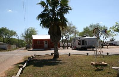 Southern Star RV Park & Propane - Pearsall, TX