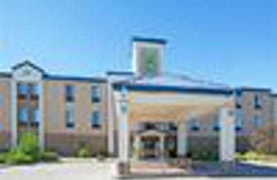 Holiday Inn Express U0026 Suites Garden City   Garden City, KS