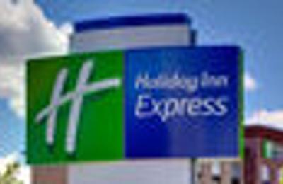 Holiday Inn Express & Suites Perryton - Perryton, TX