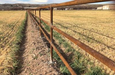 Vaquero Fence