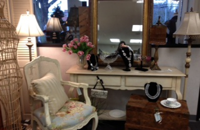 Lily Madison Consignment Boutique   Rocky Hill, CT