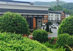 Days Inn 1435 Tunnel Rd, Asheville, NC 28805 - YP com
