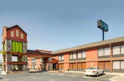 Quality Inn - Fort Smith, AR