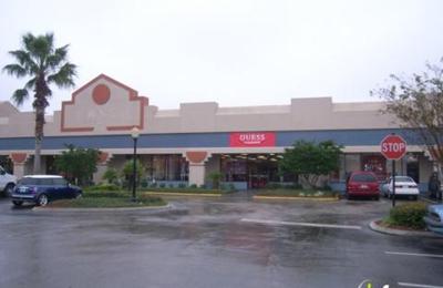 GUESS Factory - Orlando, FL