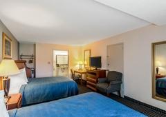 Quality Inn & Suites - Denton, TX