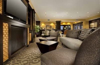 Holiday Inn Express & Suites Denton-UNT-TWU - Denton, TX